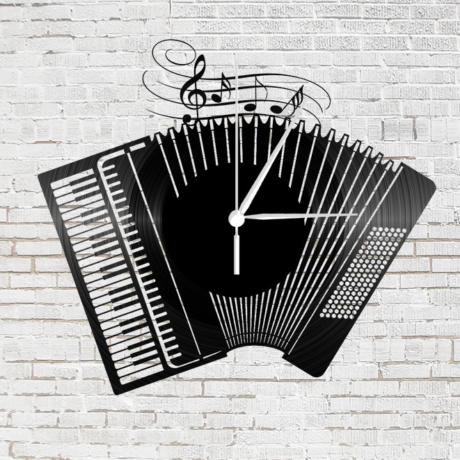Bakelit falióra – harmonika